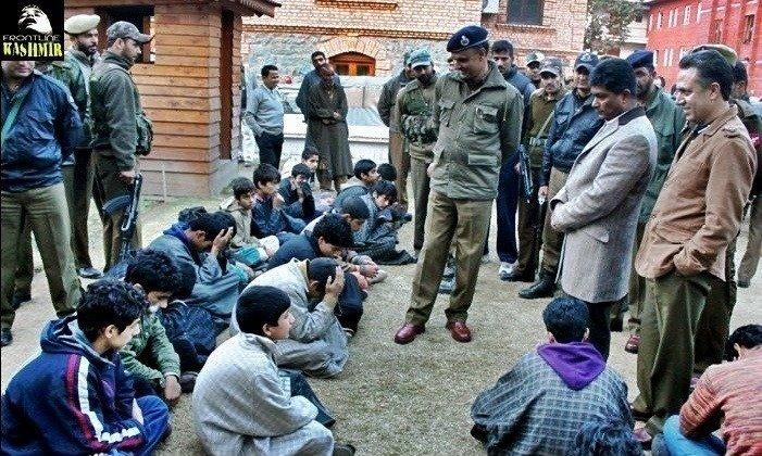 kashmir politica prisoners.jpg